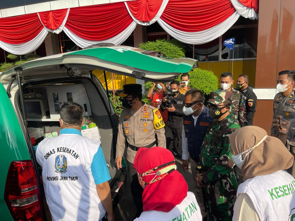 Di Polda Jatim, Ambulance Vaksinasi Presisi Door To Door Dilepas Forkopimda
