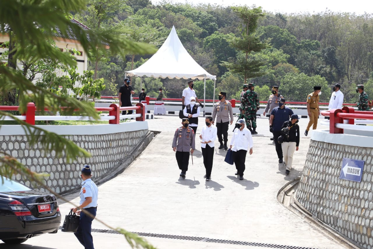 Presiden Jokowi Resmikan Bendungan Bendo